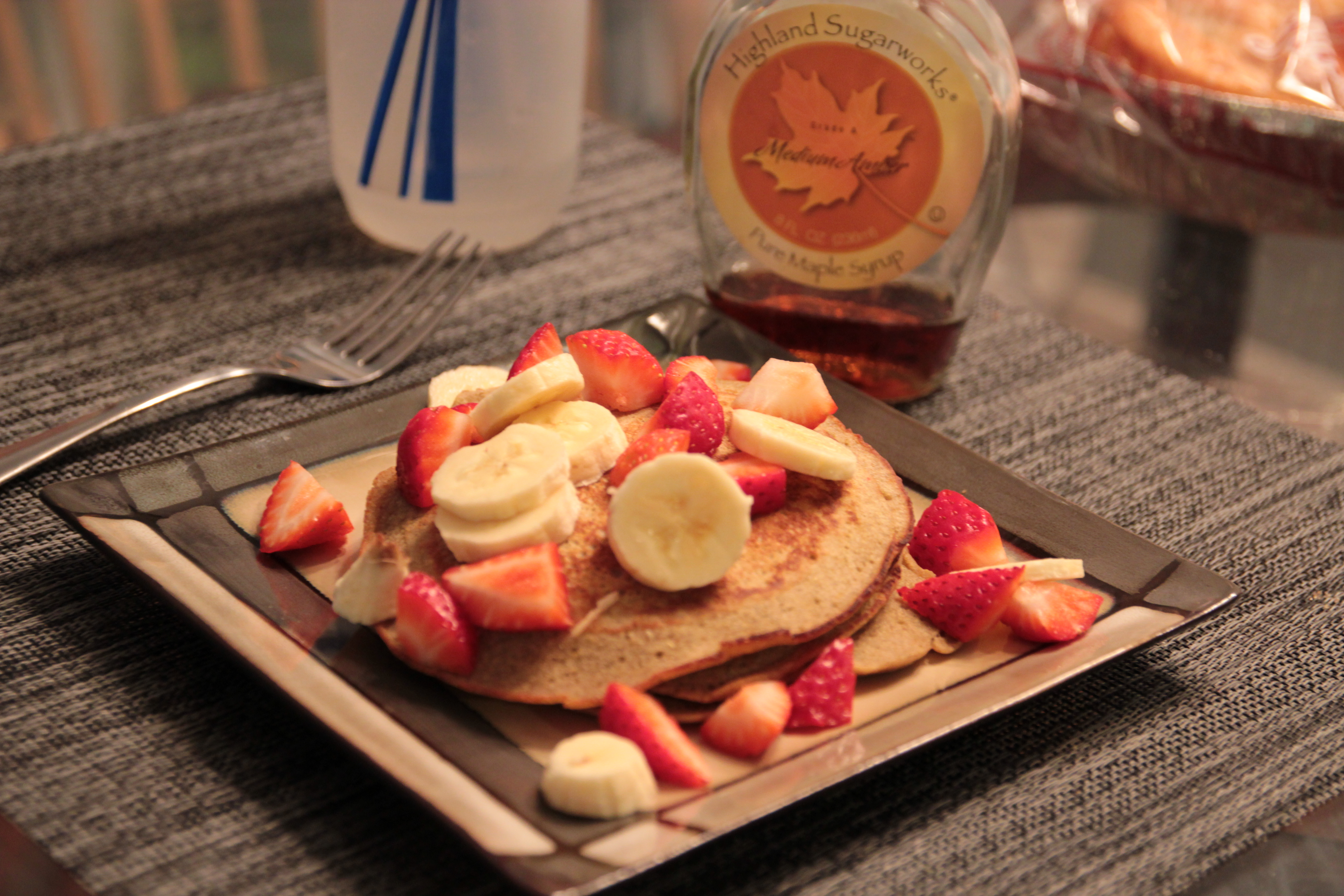 Buckwheat Corn meal pancake with straberries and bananas